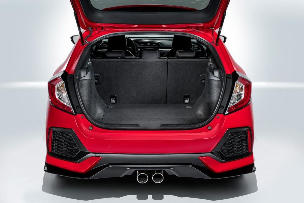 2018_Honda_Civic_Hatchback_Diesel